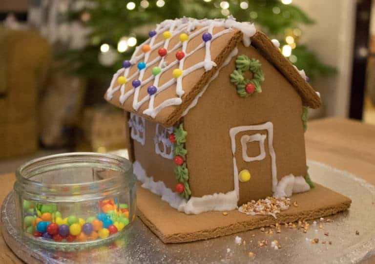 Day 21 Make a Gingerbread House