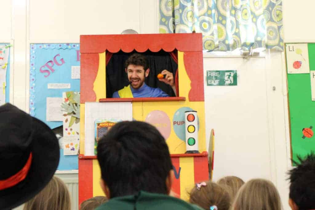 Captain Fantastic Kids Entertainment Show