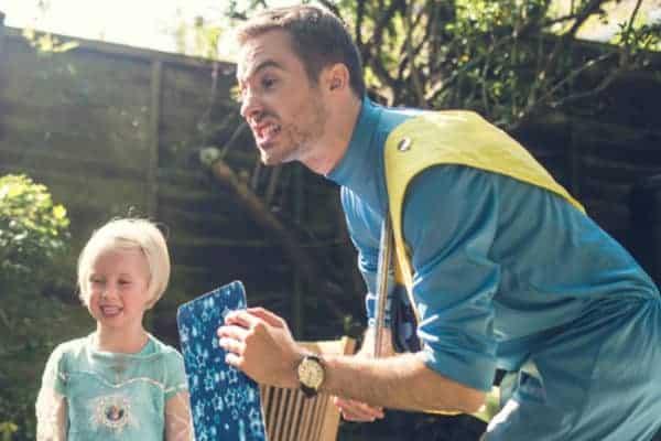 Captain Fantastic Childrens Entertainer Outside