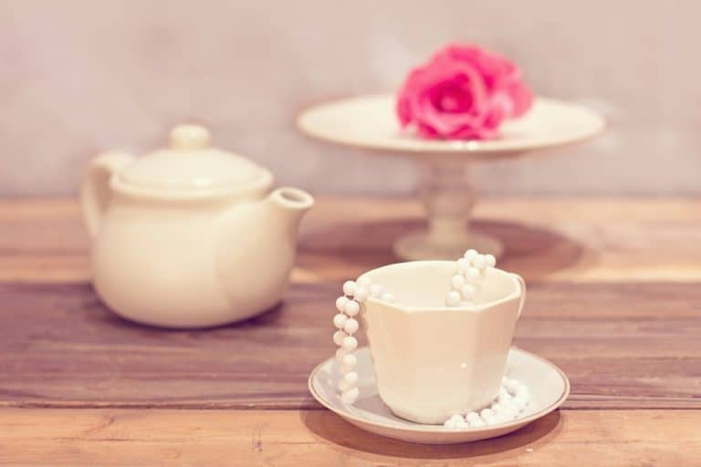 How to host the ultimate tea party at home